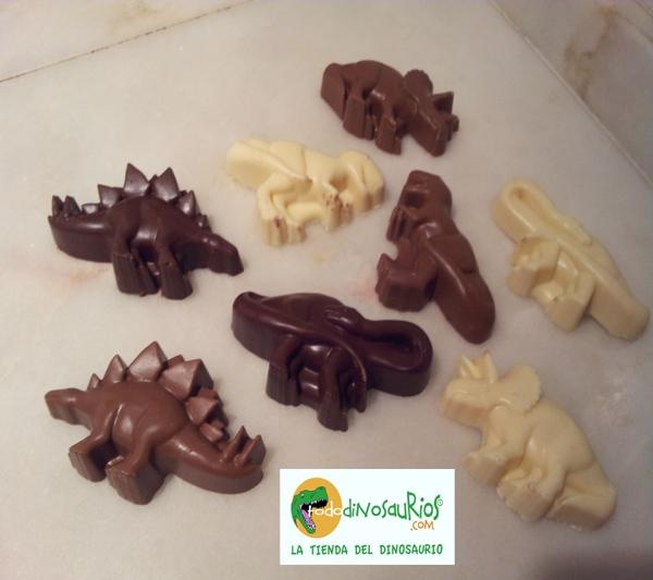 """Dinos de chocolate"""