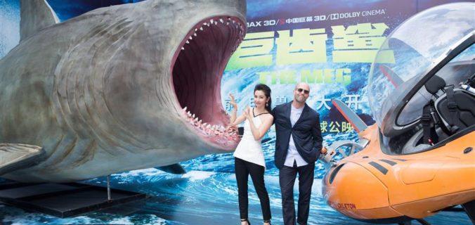 megalodon el tiburon gigante